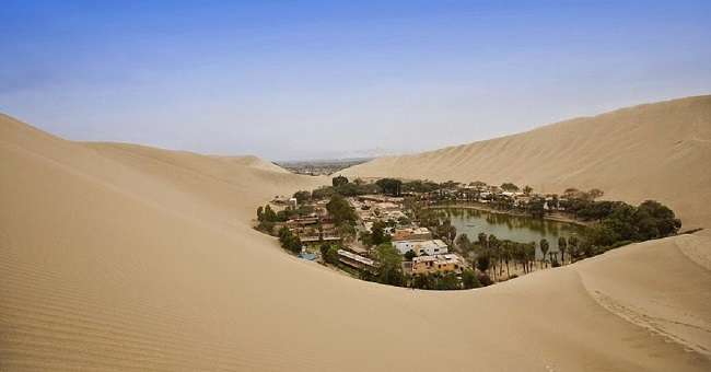 huacachina-oasis-middle-of-desert-cover