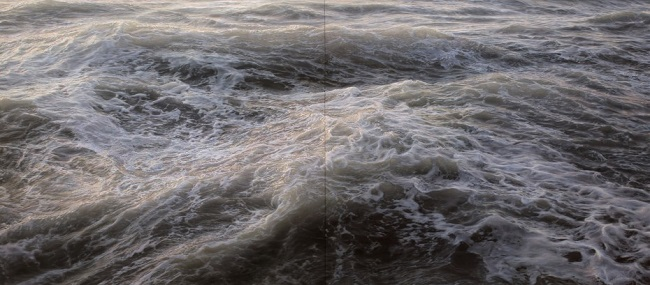 photo-realistic-paintings-waves-1