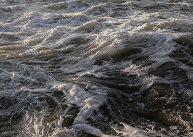 photo-realistic-paintings-waves-2