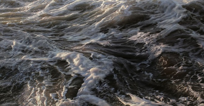 photo-realistic-paintings-waves-cover