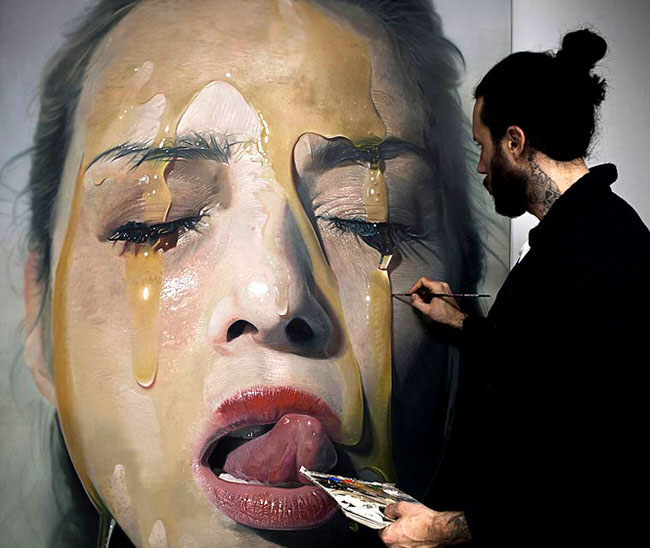 hyper-realistic-paintings-mike-dargas-2