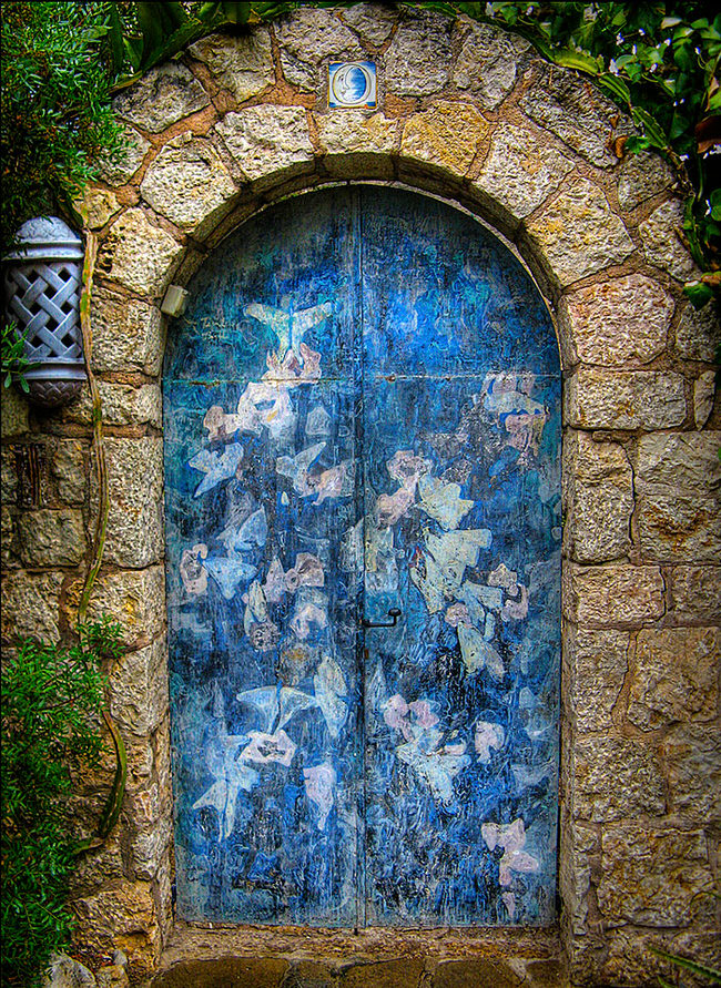 most beautiful front doors around the world take