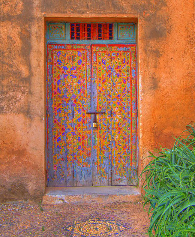 25 of the most beautiful doors around the world for Beautiful door designs