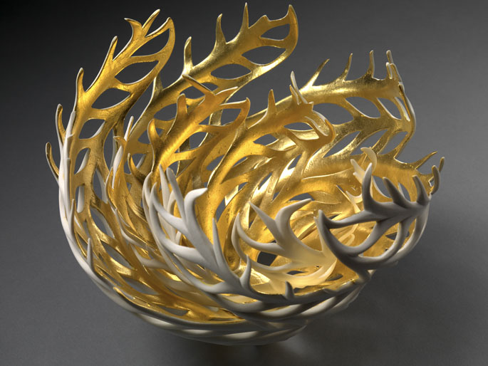 glowing-porcelain-sculptures-jennifer-mccurdy-4